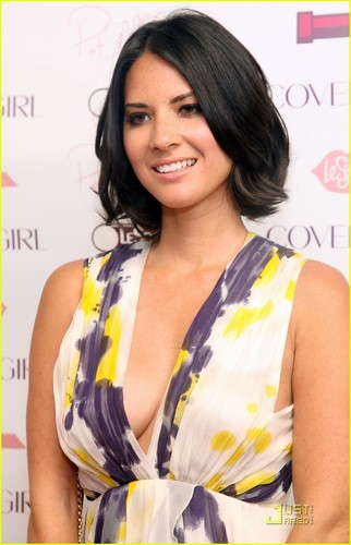 Olivia Munn: CoverGirl & LeSportsac Collection Launch!