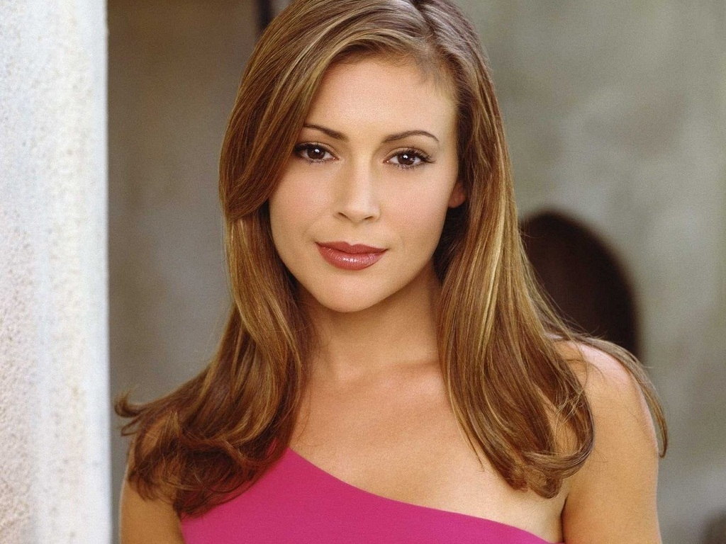 Alyssa milano charmed season 6 collection 6