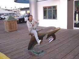 raggio, ray raggio, ray ON A delfino