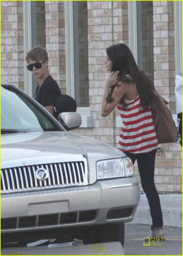 Selena Gomez & Justin Bieber: вишня Cheesecake Couple