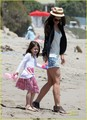 Suri Cruise & Katie Holmes Watch The Waves - suri-cruise photo