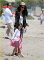 Suri Cruise & Katie Holmes Watch The Waves