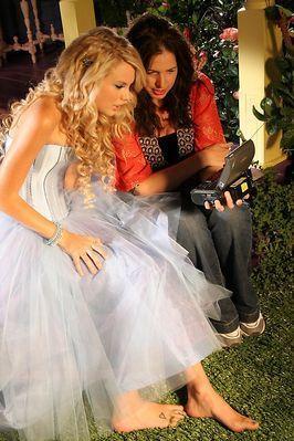 Taylor 迅速, スウィフト