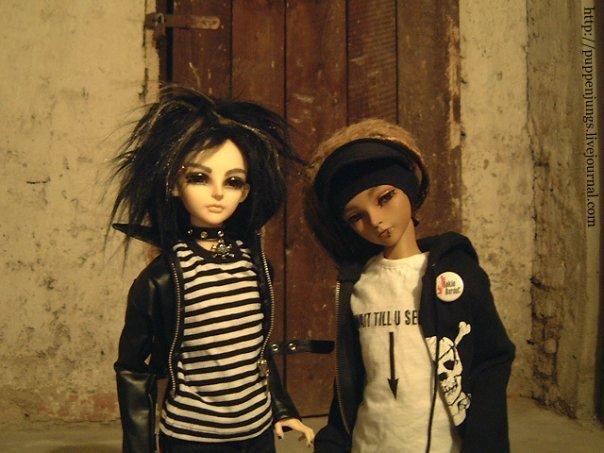 Tom&Bill as dolls!;-)