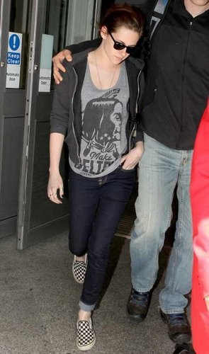 Arriving in London (June 7, 2011)