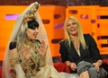 05.13.11 - The Graham Norton ipakita