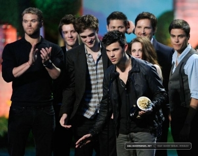 2011 MTV Movie Awards [Show] - June 6