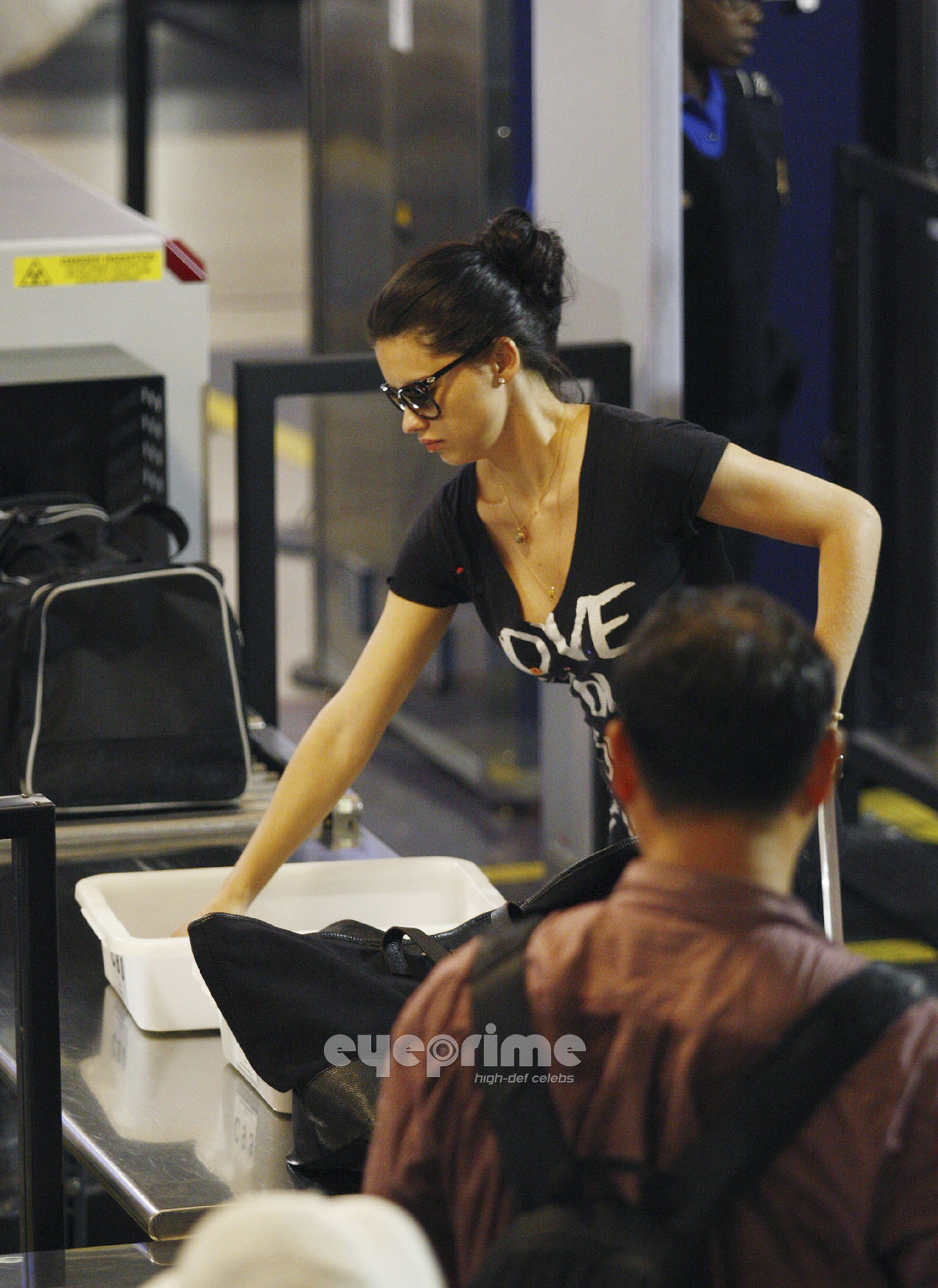 Adriana Lima departs LAX, Jun 5