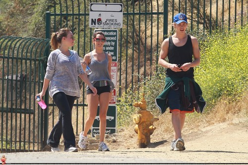 Ashley - Hiking at Runyon Canyon in LA with Haylie Duff and Austin Butler - June 07, 2011