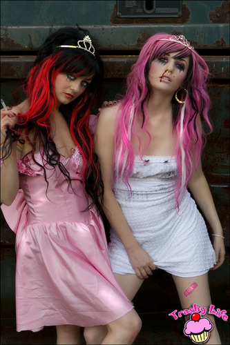 Audrey Kitching and Zui Suicide