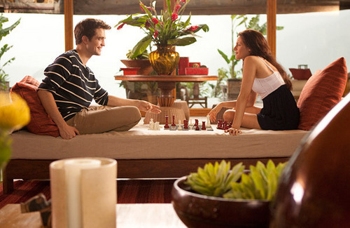 BELLA & EDWARD CHESS ..