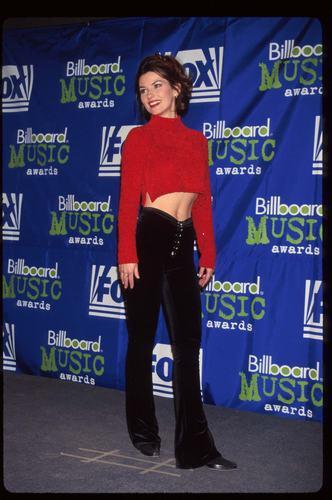 shania twain fondo de pantalla with a sign entitled Billboard Awards 1995