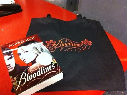 Bloodlines Merchandise Give At The Mall Of America