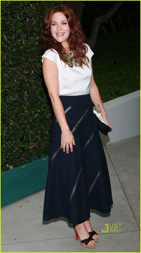 Drew Barrymore: Chanel & NRDC رات کے کھانے, شام کا کھانا with Will Kopelman!
