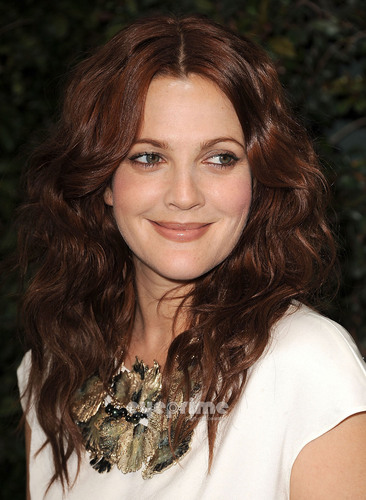Drew Barrymore: Ocean Initiative Benefit Hosted Von Chanel
