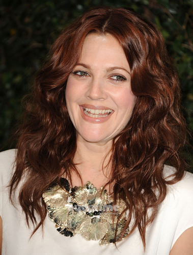 Drew Barrymore: Ocean Initiative Benefit Hosted oleh Chanel