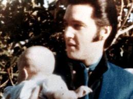 Elvis Aaron Presley and Lisa Marie Presley wallpaper called Elvis and his sweet baby