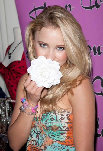 Emily Osment: GBK Gift Lounge In Honor Of The MTV Movie Awards, Jun 4