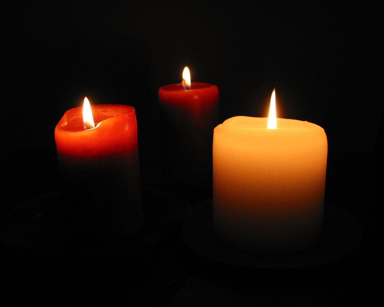 flickering firelight candles wallpaper 22611287 fanpop
