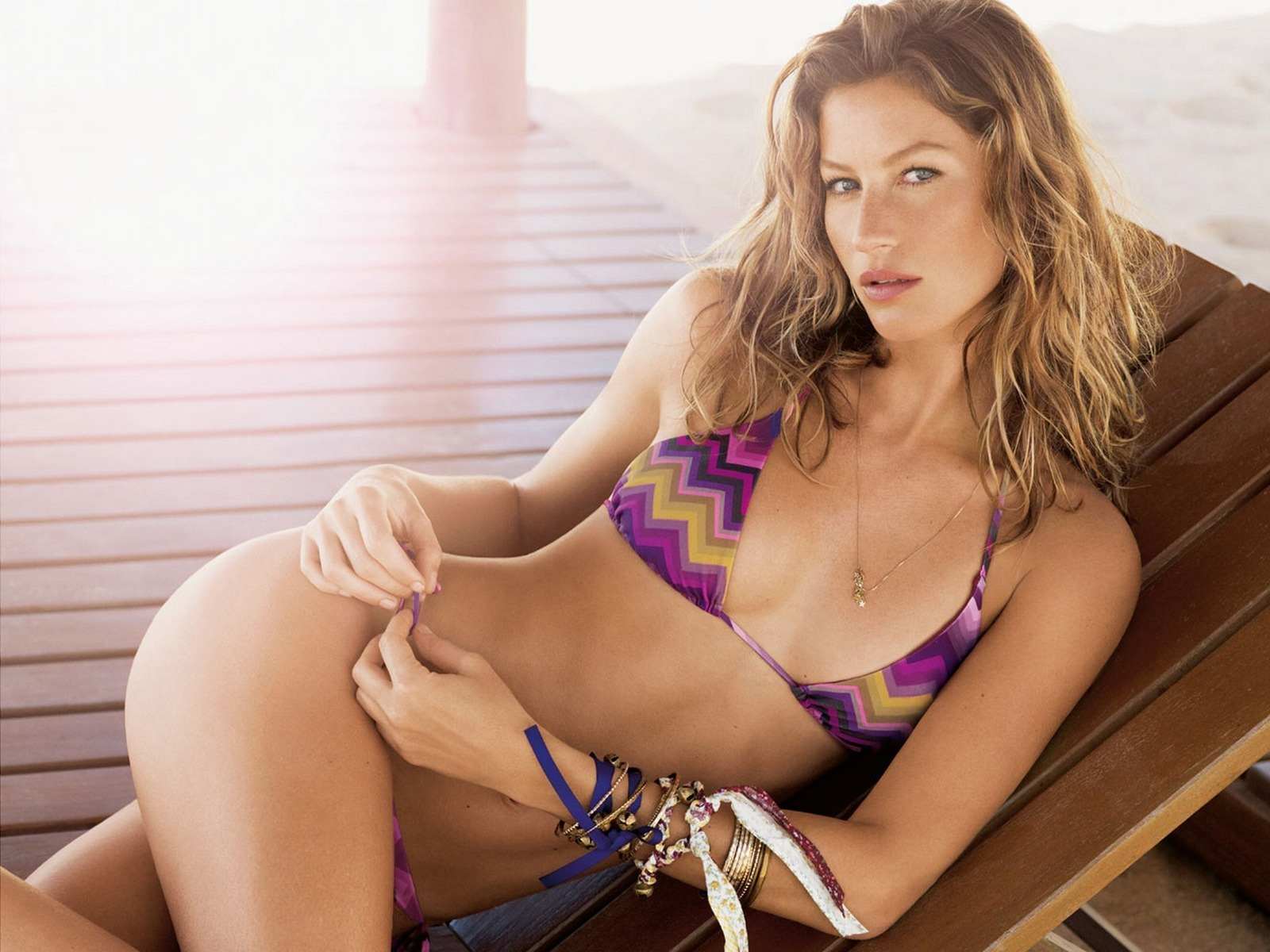 Gisele - Gisele Bundchen Wallpaper (22686257) - Fanpop