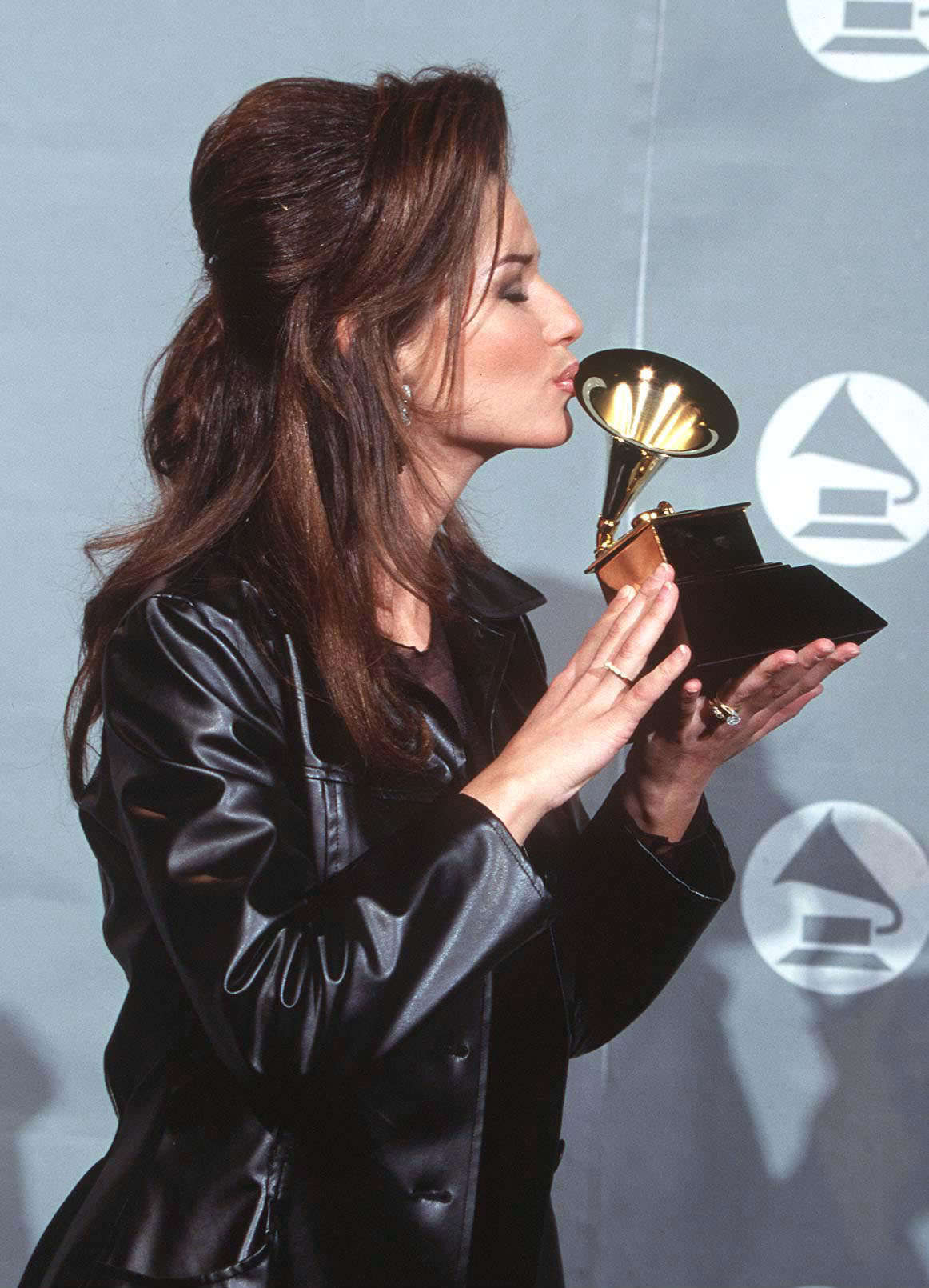 Grammy Awards 1996 Shania Twain Photo 22635138 Fanpop