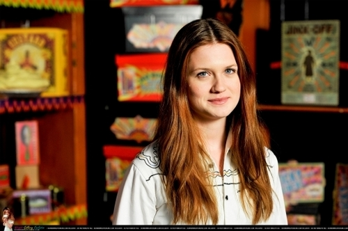Bonnie Wright wallpaper probably containing a brasserie, a tobacco shop, and a bistro called HALF-BLOOD PRINCE DVD PRESS JUNKET (191009)