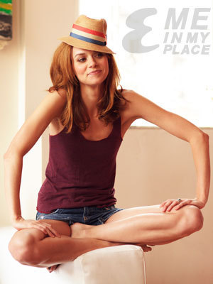 Hilarie Burton wallpaper containing a fedora titled Hilarie Burton Esquire Magazine Photoshoot