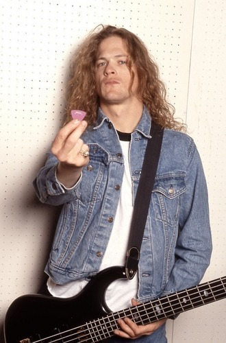 Jason Newsted wallpaper containing a guitarist titled Jason Newsted