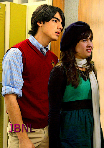 Jemi Photoshopped!