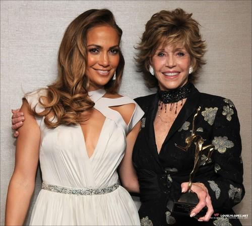 Jennifer @ UCLA Longevity Center's 20th Anniversary ikon Awards