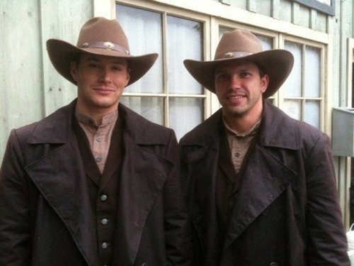 Supernatural wallpaper with a snap brim hat, a campaign hat, and a fedora entitled Jensen and His Stunt double Todd