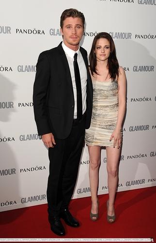 Kristen Stewart: Glamour Women Of The jaar Awards [HQ]
