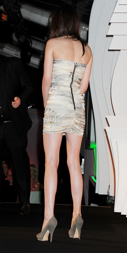 Kristen Stewart: Glamour Women Of The 年 Awards [HQ]