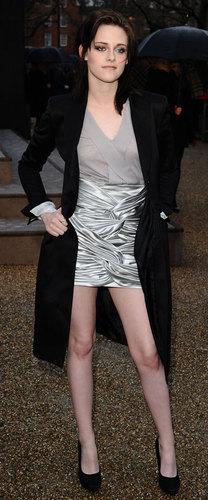 Kristen Stewart 's Red Carpet Dress