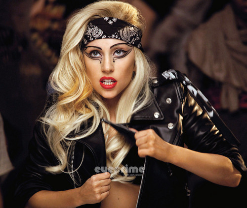 "Lady Gaga ""Judas"" موسیقی Video Stills"