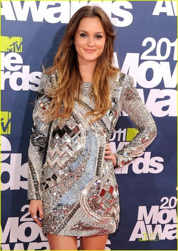 Leighton and her amazing dress! ♥