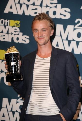 MTV Movie Awards - June 5th, 2011tom win best villian award