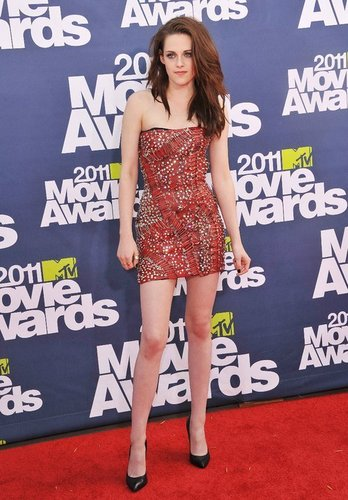еще from the MTV Movie Awards (June 5, 2011)