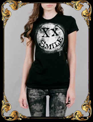 Avril Lavigne wallpaper entitled New Smile T-Shirt