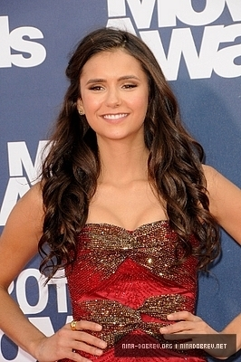 Nina @ 2011 mtv Movie Awards