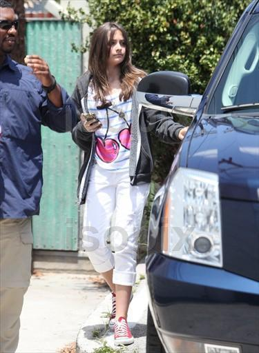 paris jackson 2011. Paris Leaves Acting Class 6/4/