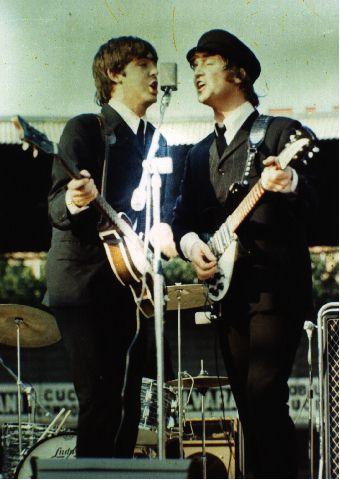 Paul and John preforming