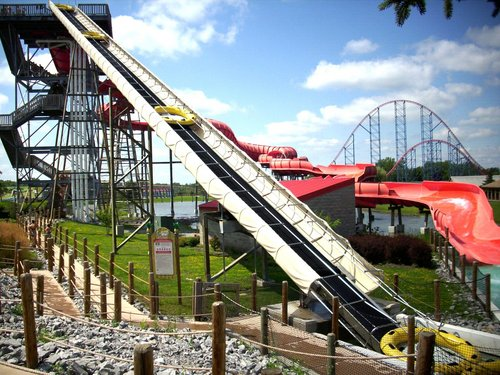 ProSilde Mammoth slide: Big Kahuna at Darien Lake