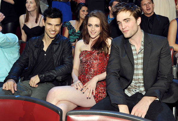 Rob and Kristen at the MTV Movie Awards