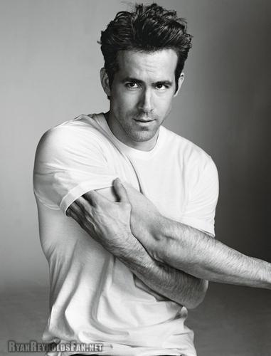 Ryan Reynolds - Details