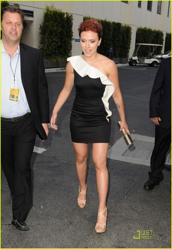 Scarlett Johansson - Guys Choice Awards 2011