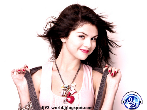 Selena Gomez EXCLUSIF18th HIGHLY RETOUCHED QUALITY pHOTOSHOOT 由 dj!!!...