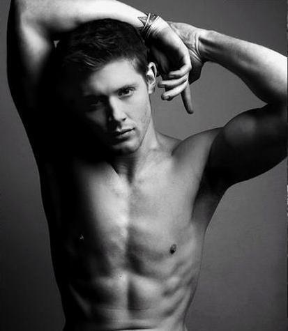 Dean Winchester kertas dinding with a hunk and skin called Sexy body :))
