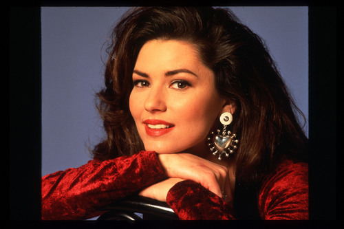 shania twain fondo de pantalla probably with a portrait titled Shania Twain