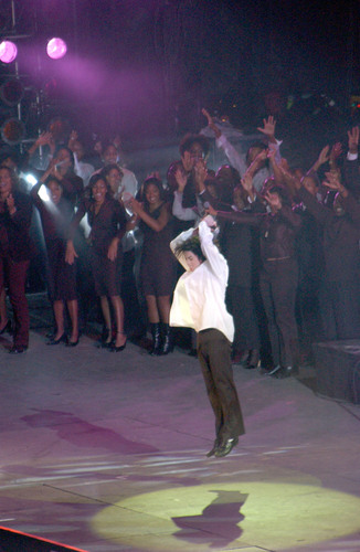 United We Stand Benefit کنسرٹ (2001)